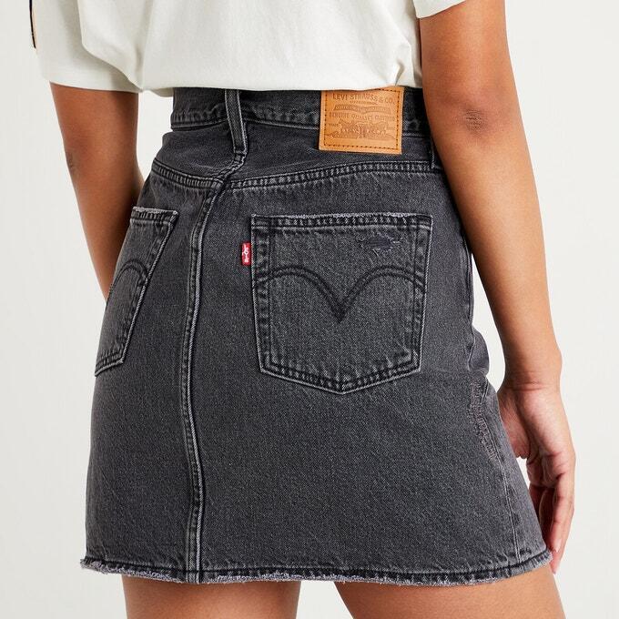 tenue avec jupe en jean