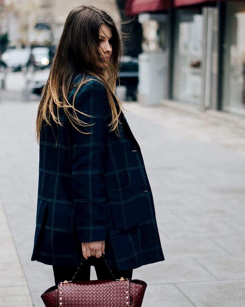 tenue veste à carreaux femme