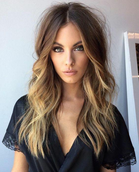 coupe-cheveux-long-ondule-tendance