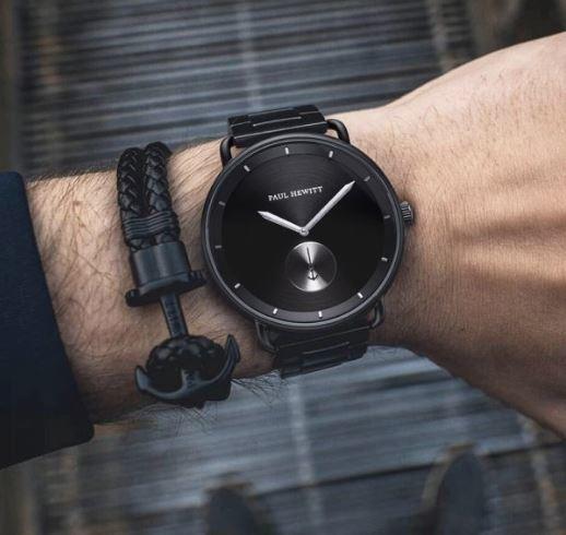 montre-noire-pour-homme-paul-hewitt