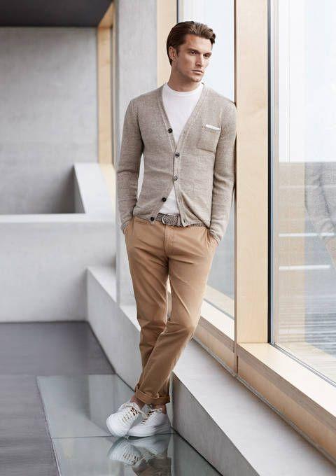 tenue d'automne avec un pull cardigan pour homme