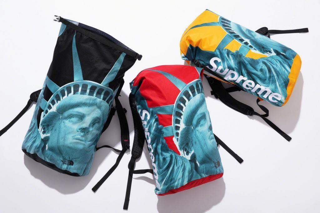 sac à dos supreme x the north face