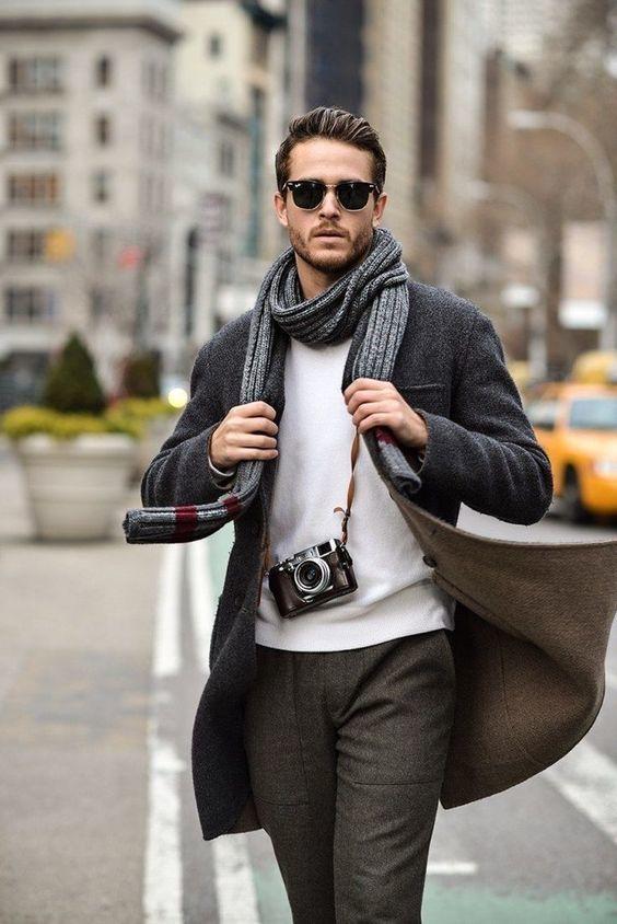 tenue pour homme avec écharpe
