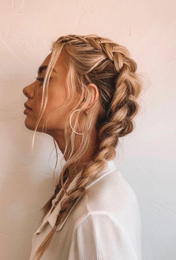 coiffure femme avec tresses