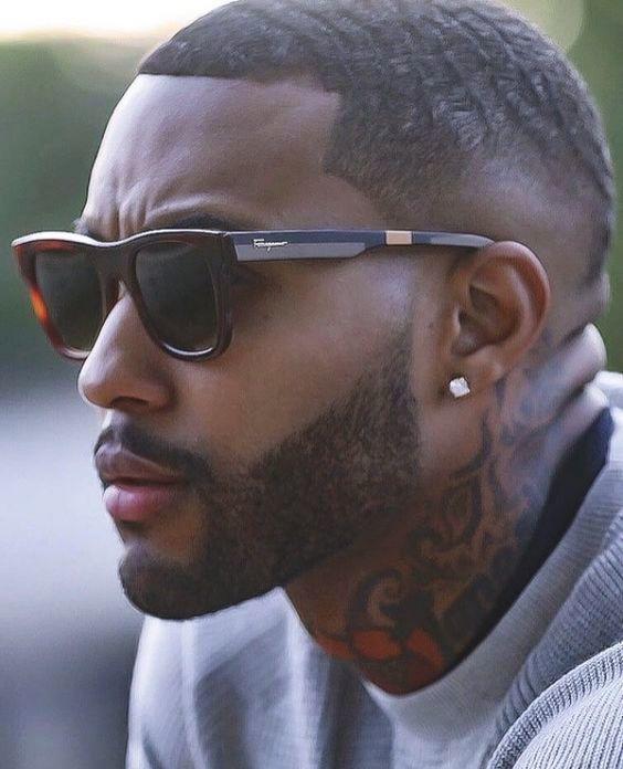 style barbe sculptée pour homme