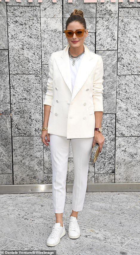 total look blanc avec blazer