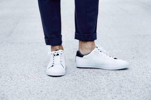 porter des sneakers