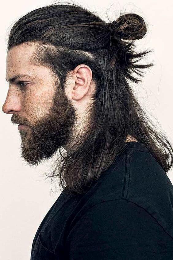 coiffure samourai homme