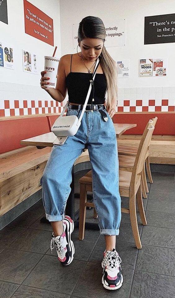 tenue streetwear jean boyfriend