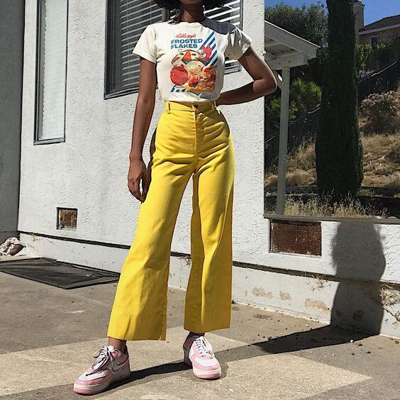 tenue pastel jaune